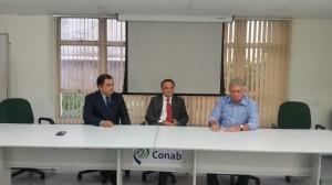 Gerente do Conab, Nivaldo Maia, Roberto de Lucena e superintendente do Conab-SP, Alfredo Coli