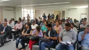 Particioparam da reunião lideranças de cooperativas e associações do Pontal do Paranapanema