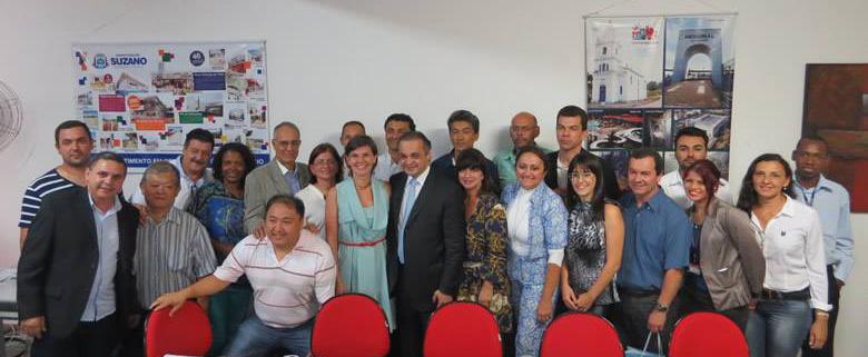 Roberto de Lucena em encontro com representantes do turismo e autoridades do Alto Tietê