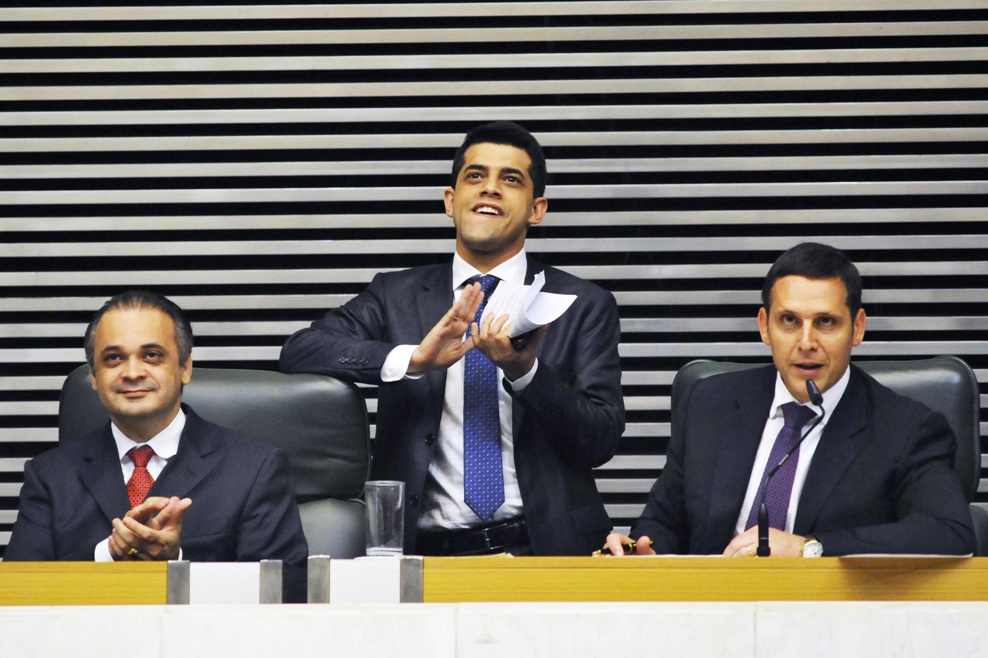Roberto de Lucena, Caio França e Fernando Capez na aprovação da PEC