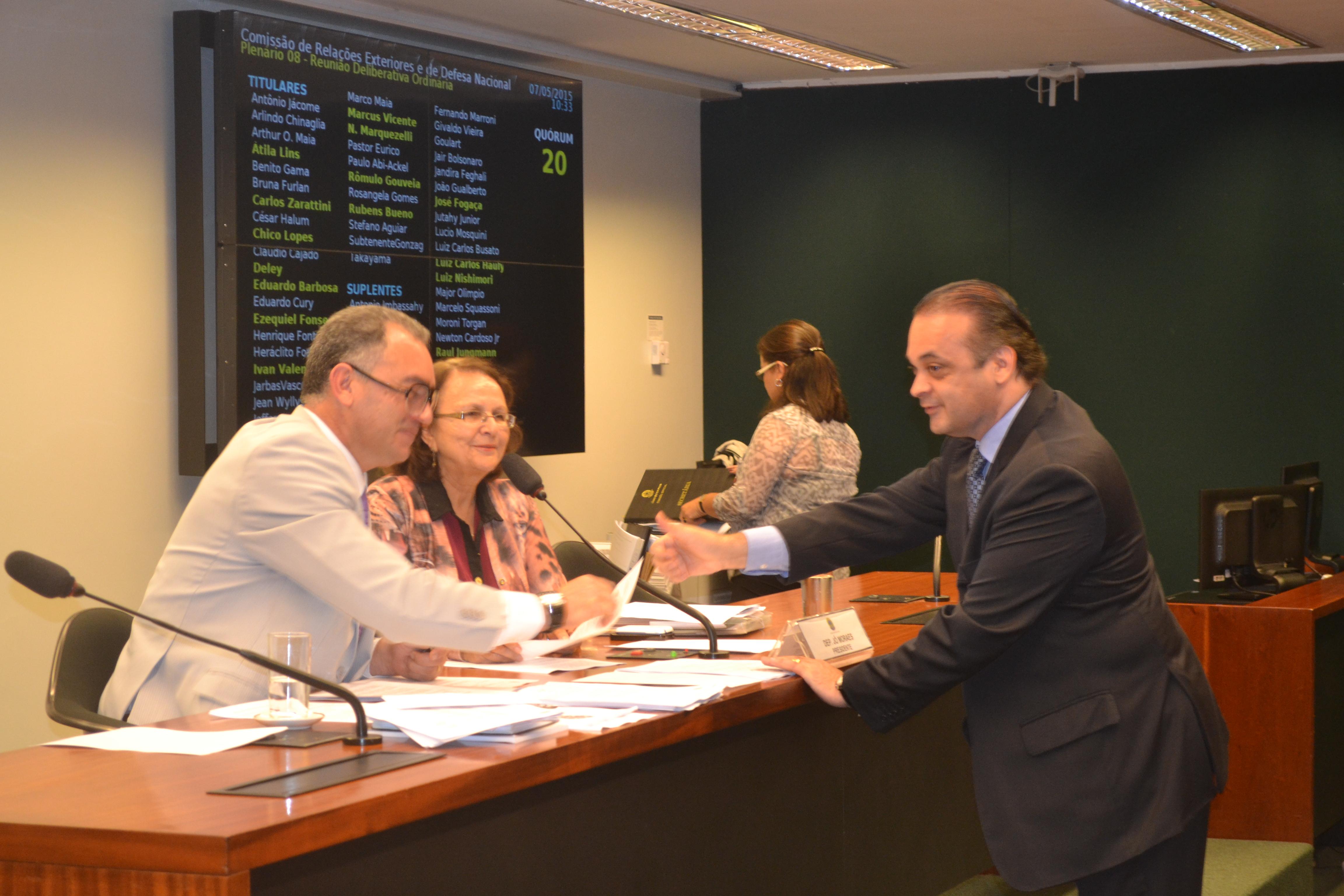 Roberto de Lucena na Comissão de Relações Exteriores e Defesa Nacional