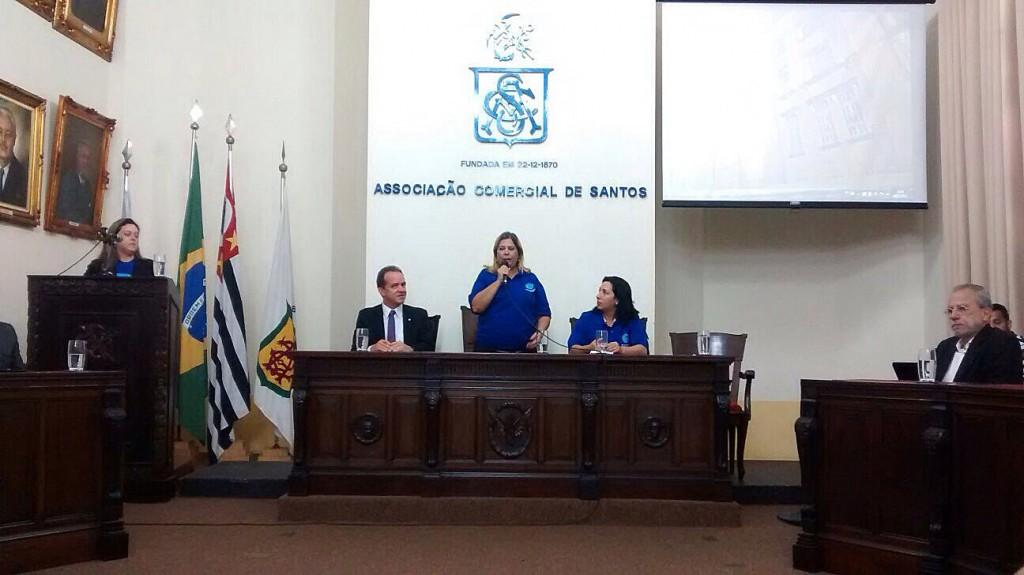 O secretário Roberto de Lucena, representado pela delegada regional de turismo, Celina Linhares, e por Maurício Petiz, coordenador da campanha no Estado